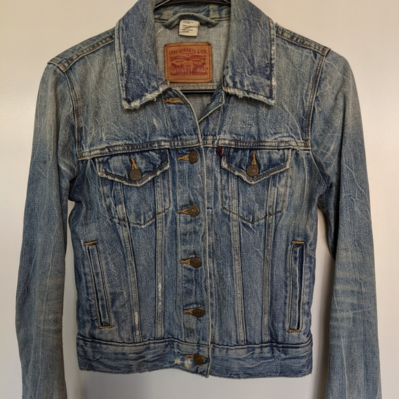 Levi's Jackets & Blazers - One of a Kind Levi's Cropped Trucker Jacket, XS